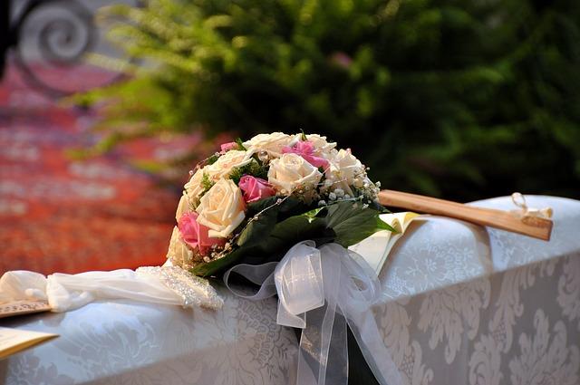 bride-1240427_640