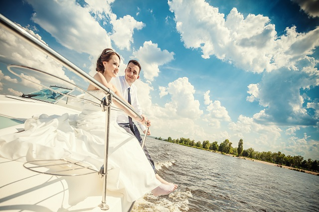 The bride and groom ship