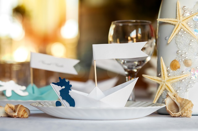 Wedding table setting in nautical style.